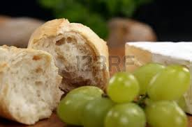 grapes bread